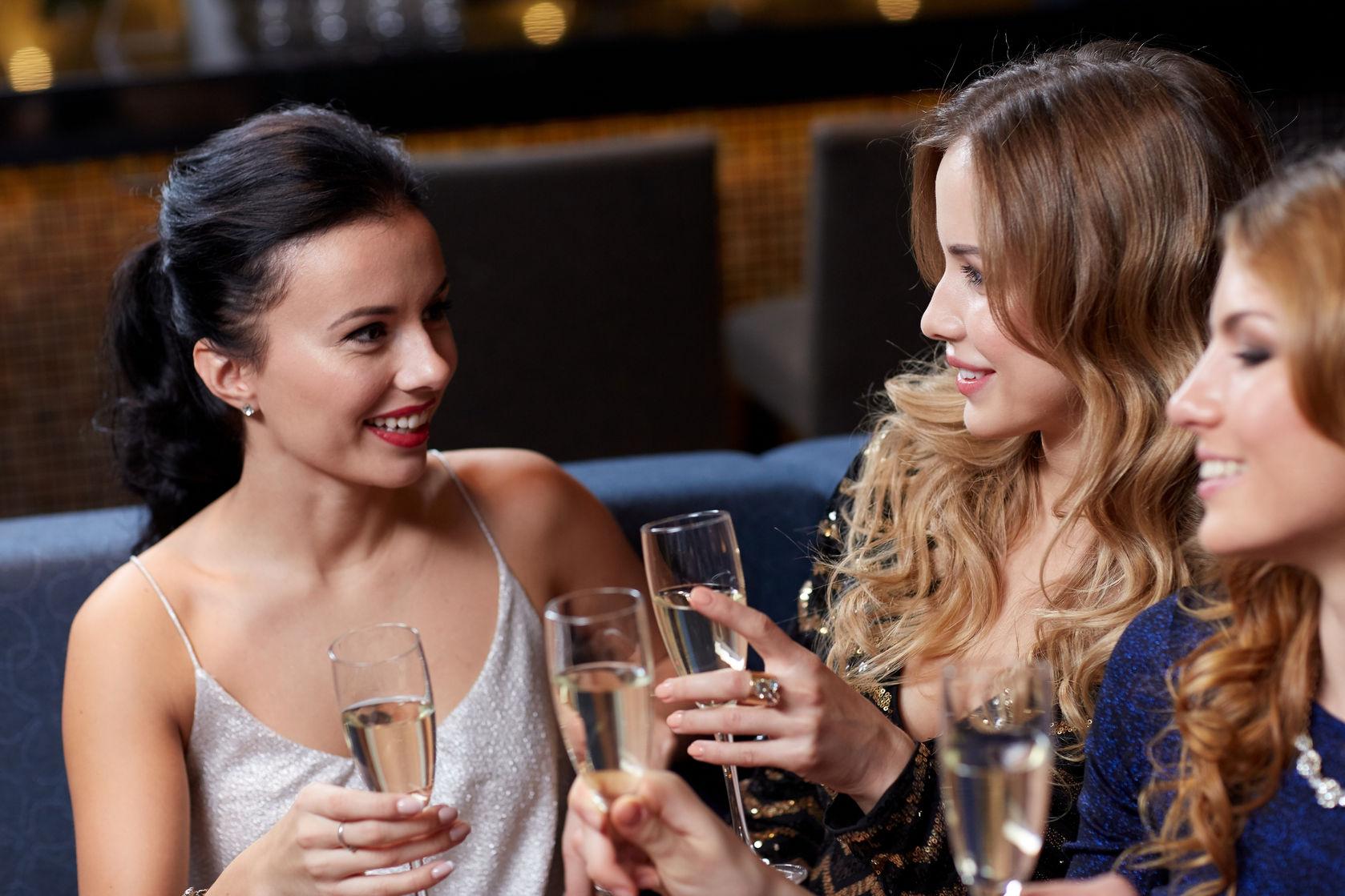 Vriendinnenuitje vriendinnendag vriendinnenweekend vriendinnen party homeparty spa wellness wellnessresort
